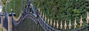 tjpaintingsolutions_painting_metal_fence