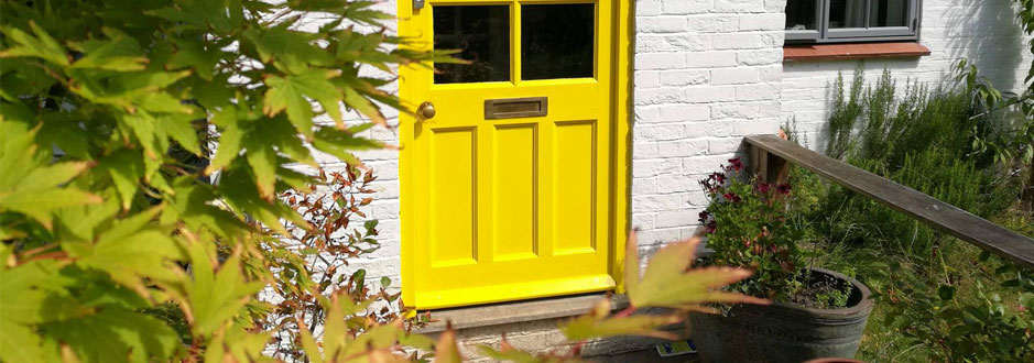 exterior painting in yelllow in canterbury